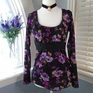 Juniors Black Floral longsleeve top, Size M